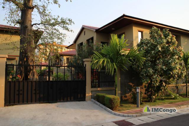Villas At Pointe Apartments