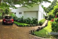 For Sale House - Neighborhood Nganda  Kinshasa Kintambo