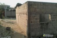 For Sale Unfinished house - Neighborhood Bianda Kinshasa Mont-Ngafula