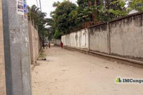 A vendre Terrain - Quartier Mazal  kinshasa Mont-Ngafula