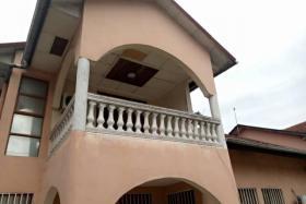 A vendre Maison - Quartier Binza-Météo kinshasa Ngaliema