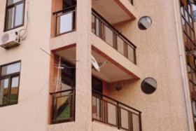 A vendre Immeuble - Quartier Beau-Vent  kinshasa Lingwala