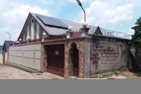 A vendre Maison - Quartier Mazal  kinshasa Mont-Ngafula
