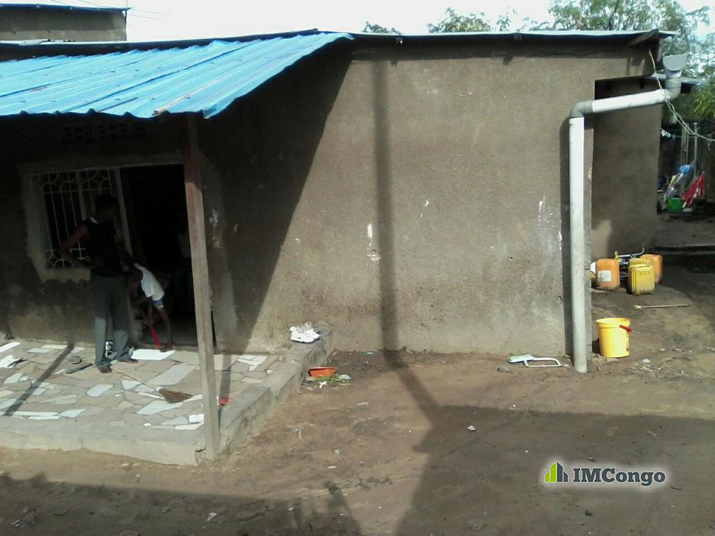 Yaku uzisha Nyumba Mtaa Masanga mbila Kinshasa Mont-Ngafula