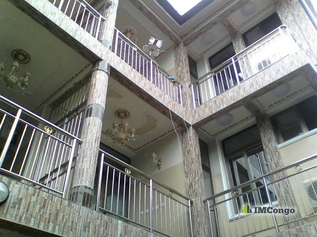 A louer Complexe d'appartements - Quartier Kauka Kinshasa Kalamu