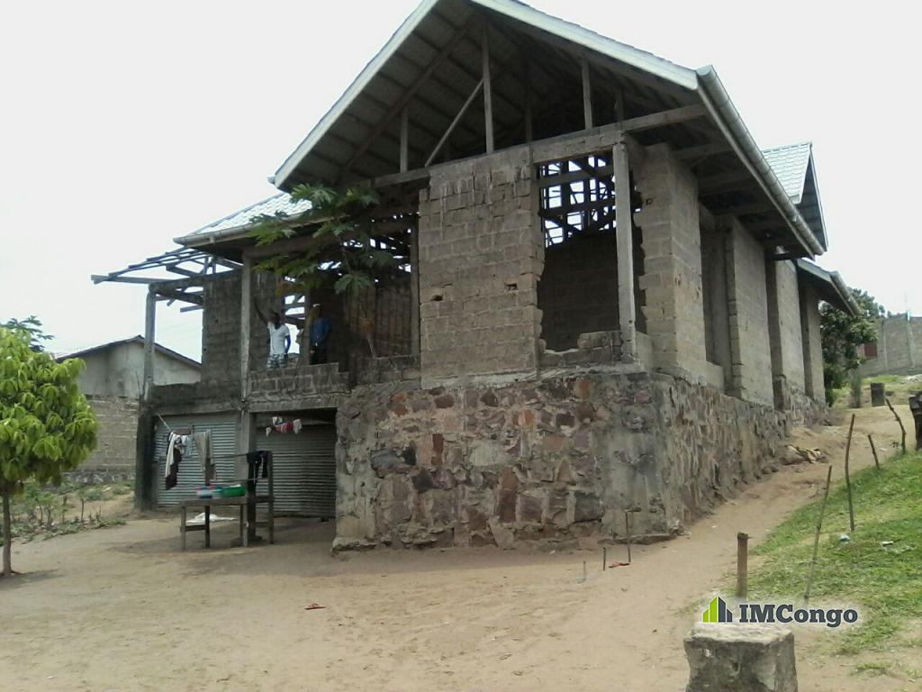 Yaku uzisha Nyumba - Mtaa Bianda Kinshasa Mont-Ngafula