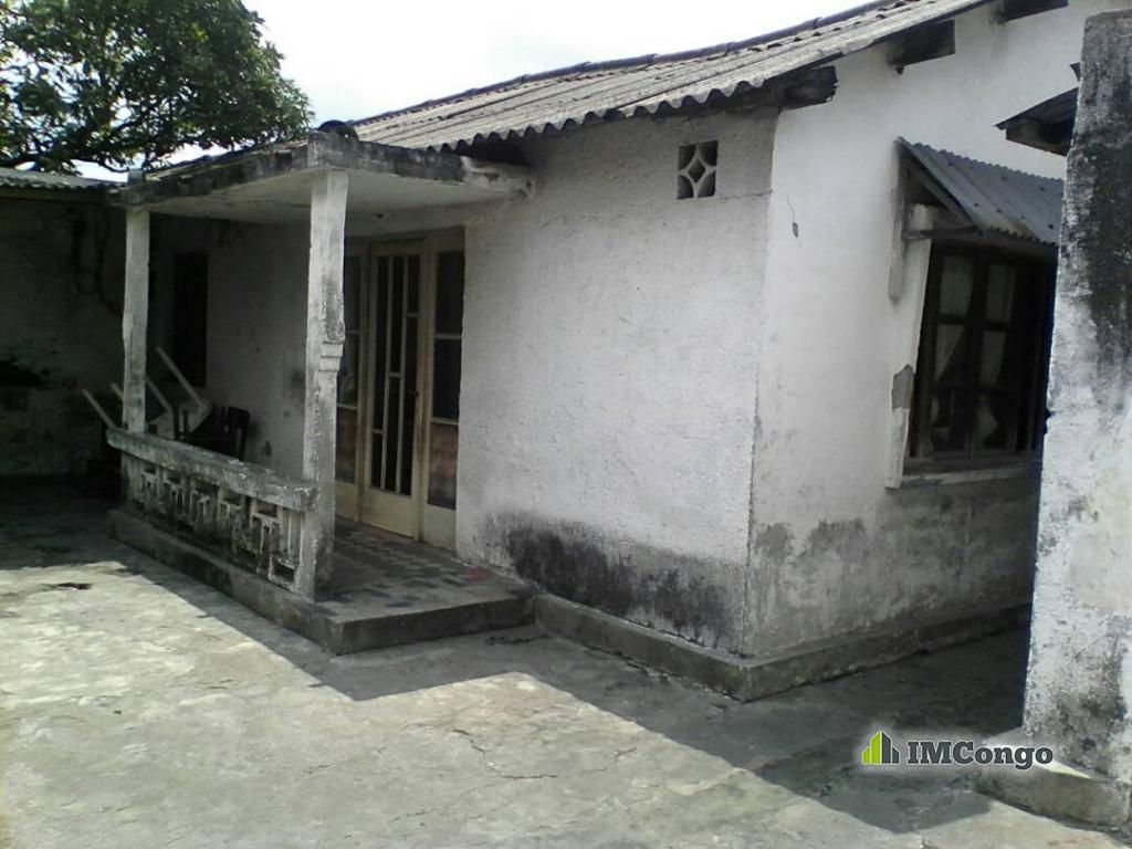 Yaku uzisha Nyumba - Mtaa Matonge Kinshasa Kalamu