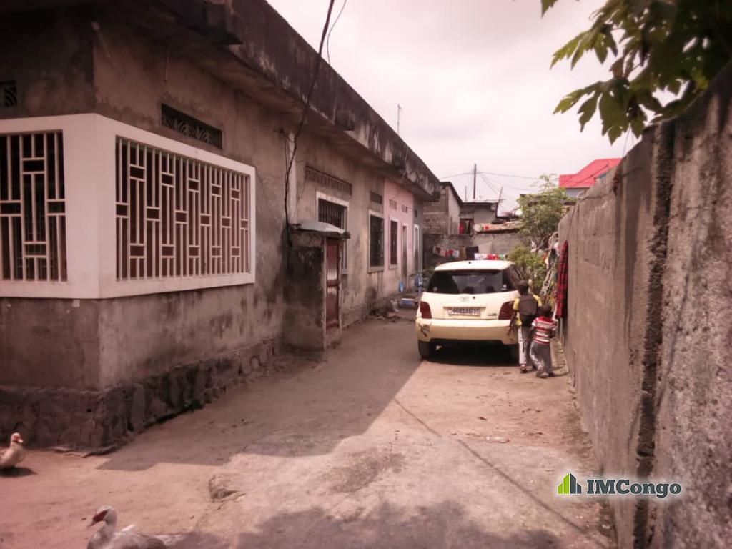 A vendre Parcelle - Quartier Mombele Kinshasa Limete