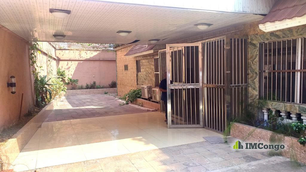 A louer Maison meublée - Centre-Ville Kinshasa Gombe