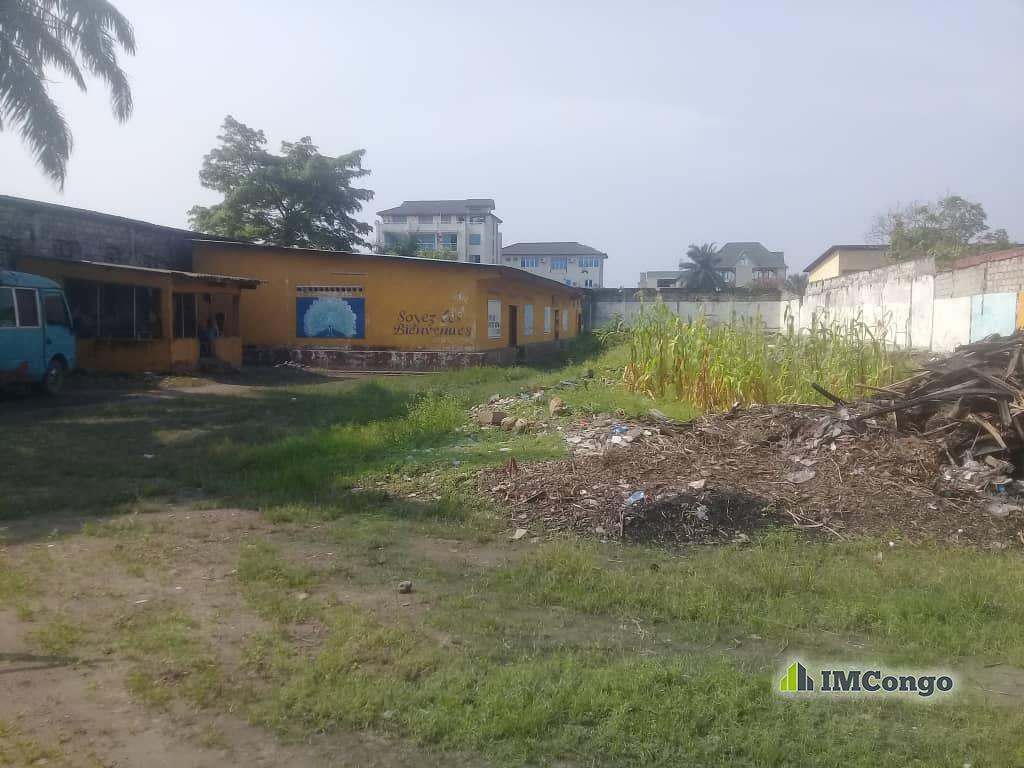 A vendre Concession - Quartier Industriel  Kinshasa Limete