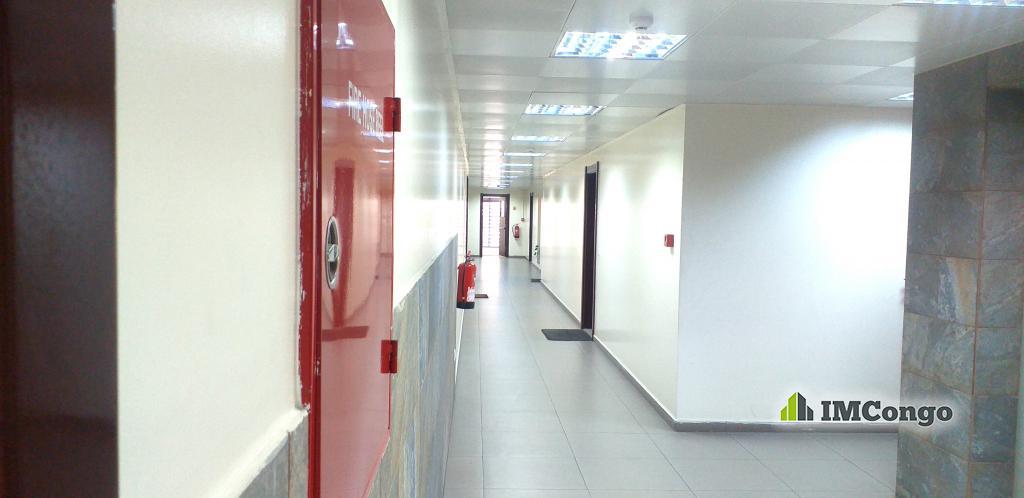 A louer Bureau - Centre-ville Kinshasa Gombe