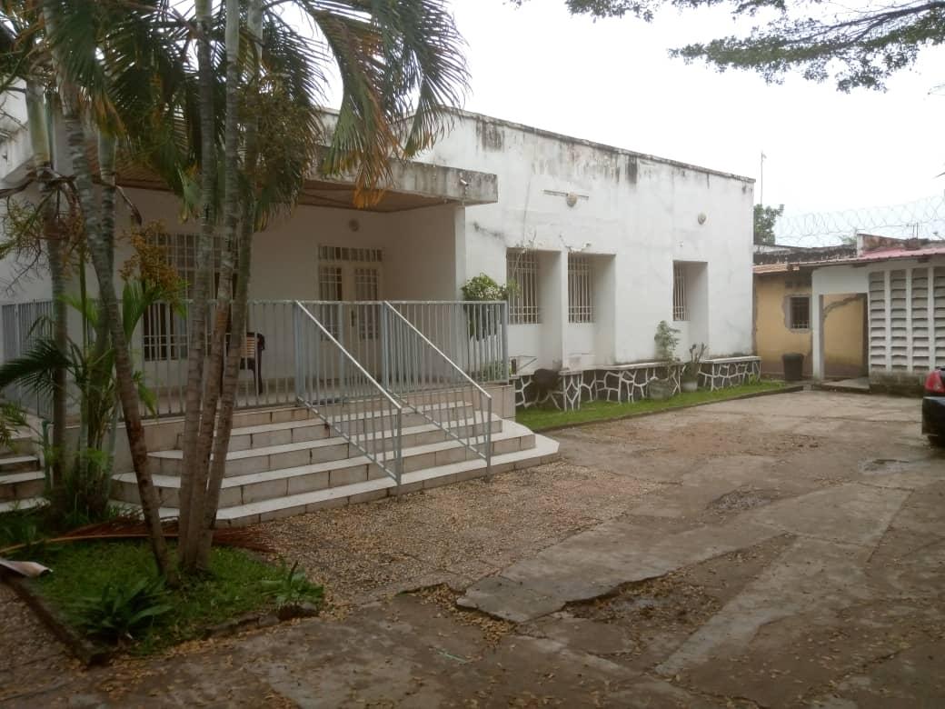 Yaku uzisha Nyumba - Mtaa Ma Campagne Kinshasa Ngaliema