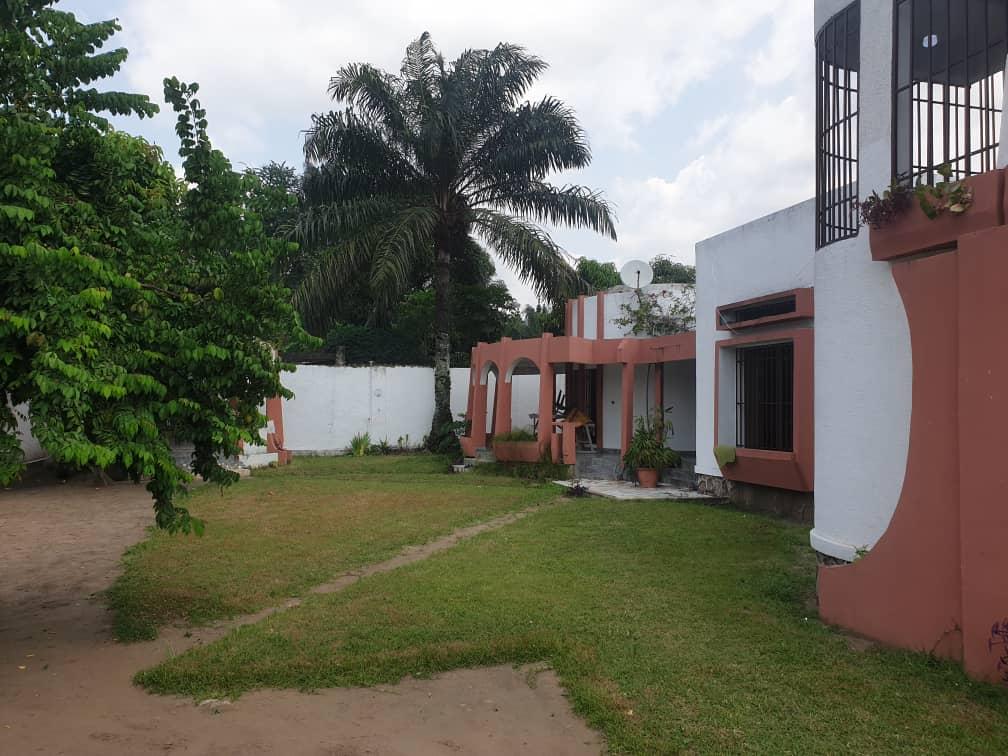 A vendre Maison - Quartier Joli-Parc  Kinshasa Ngaliema