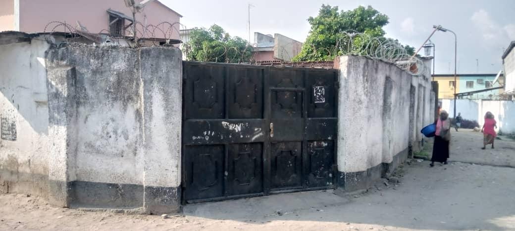 Yaku uzisha Nyumba - Mtaa synkin Kinshasa Bandalungwa