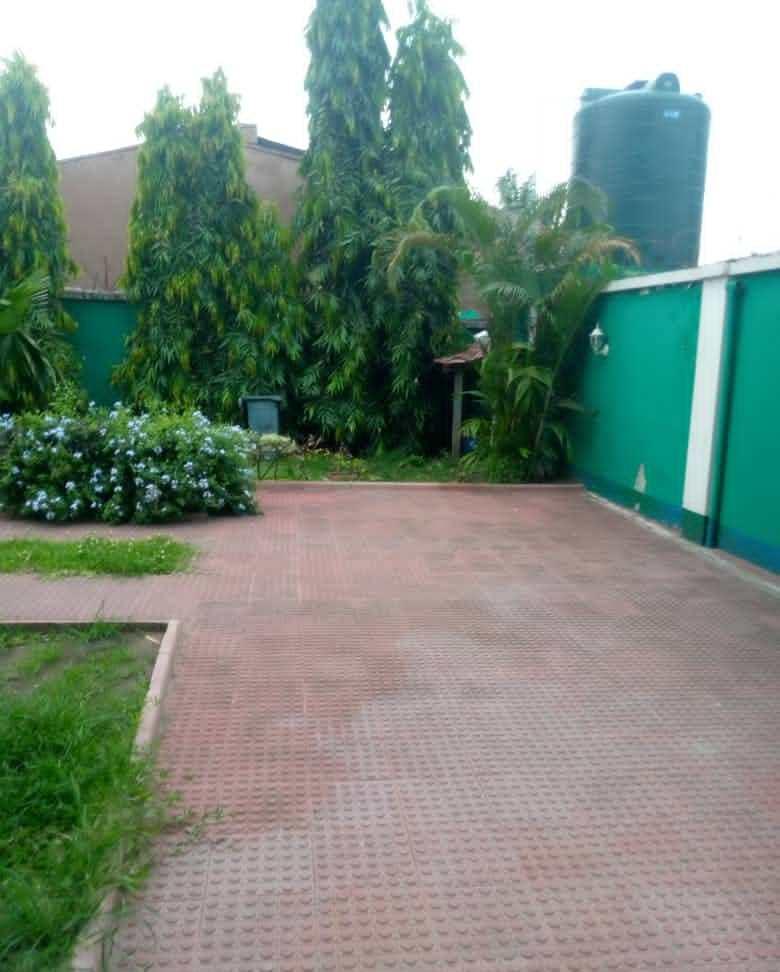 A louer Maison - Quartier Binza Météo Kinshasa Ngaliema