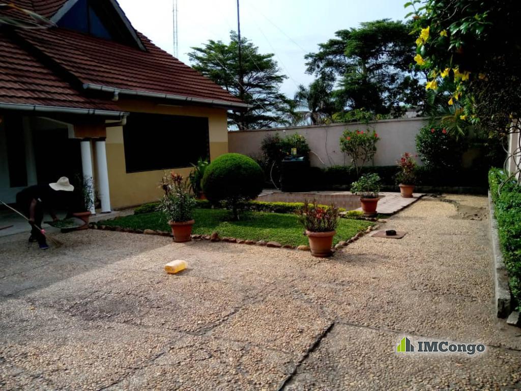 A louer Maison - Quartier Binza-Pigeon Kinshasa Ngaliema