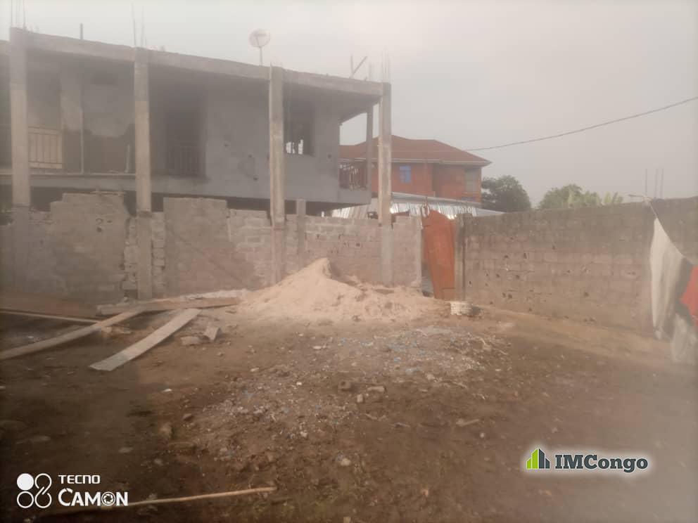 A vendre Parcelle-Quartier Camp riche Kinshasa Lemba