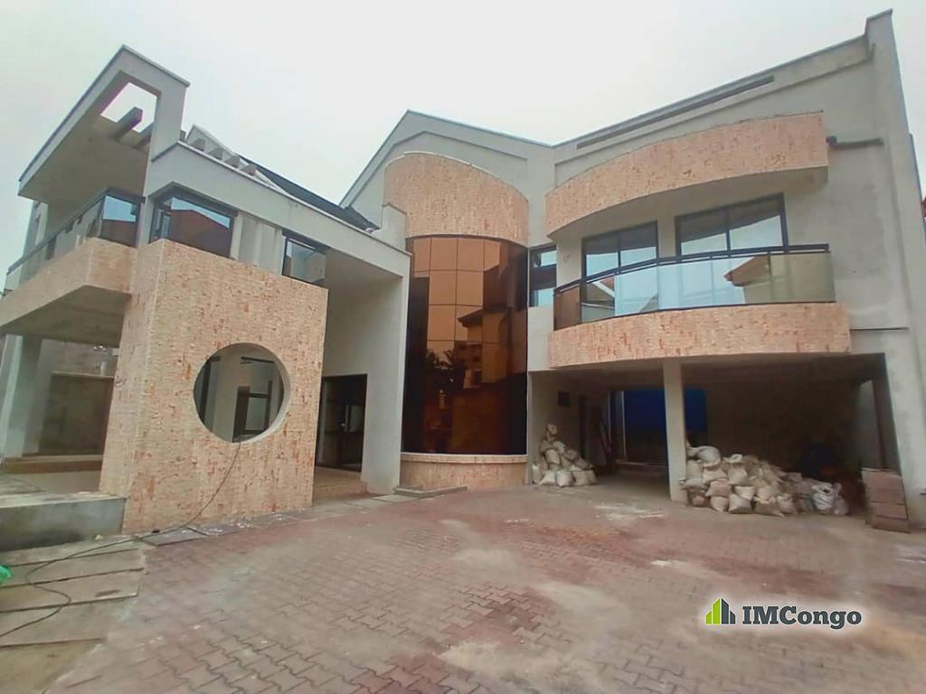 A louer Maison - Quartier Binza Ma campagne Kinshasa Ngaliema