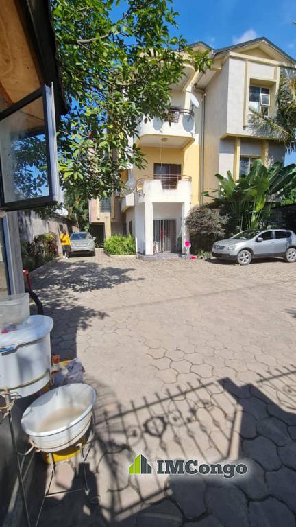 Kofutela Ndako - Quartier GB Kinshasa Ngaliema