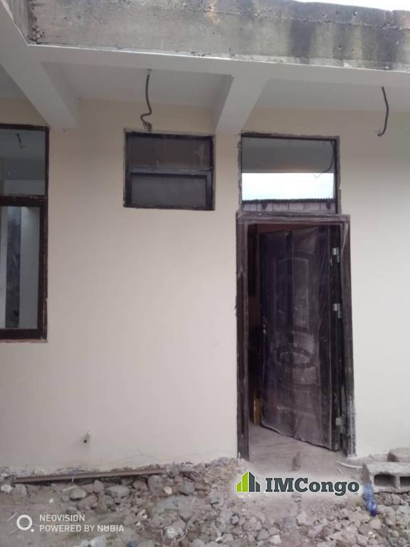 A louer Studio - Quartier Mushi Kinshasa Lingwala