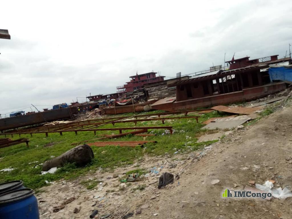 A vendre Port-Quartier Kingabwa Kinshasa Limete