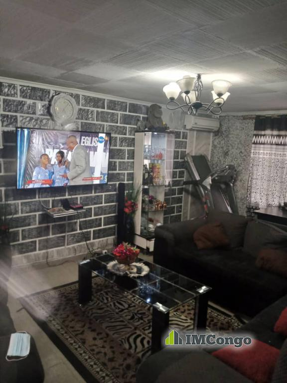 A louer Maison - Quartier Moellart  Kinshasa Bandalungwa