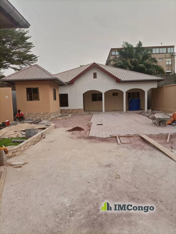 A louer Maison - Centre-ville Kinshasa Gombe