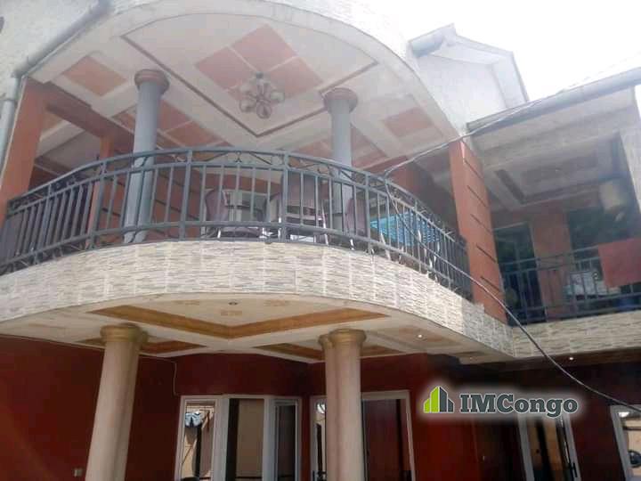 A vendre Parcelle - Quartier Wenze  Kinshasa Kintambo