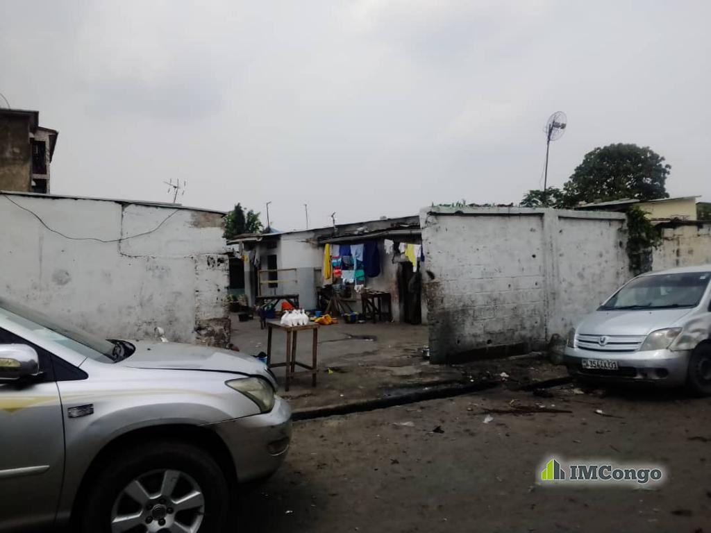 A vendre Parcelle - Quartier Assossa Kinshasa Kasa-Vubu