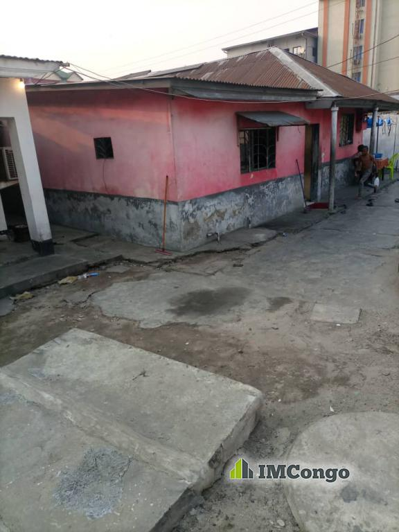 A vendre Parcelle - Quartier Matonge Kinshasa Kalamu