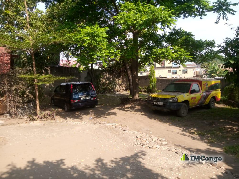 A vendre Terrain - Quartier Jamaique Kinshasa Kintambo