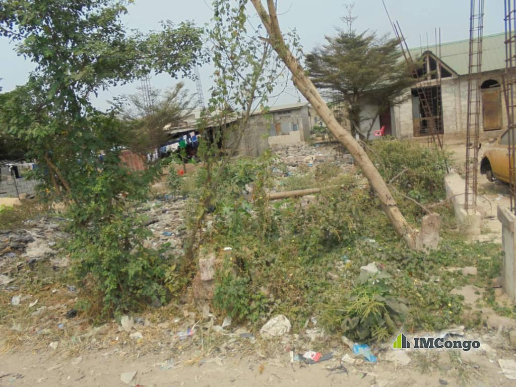 A vendre Terrain - Quartier Debonhomme Kinshasa Matete